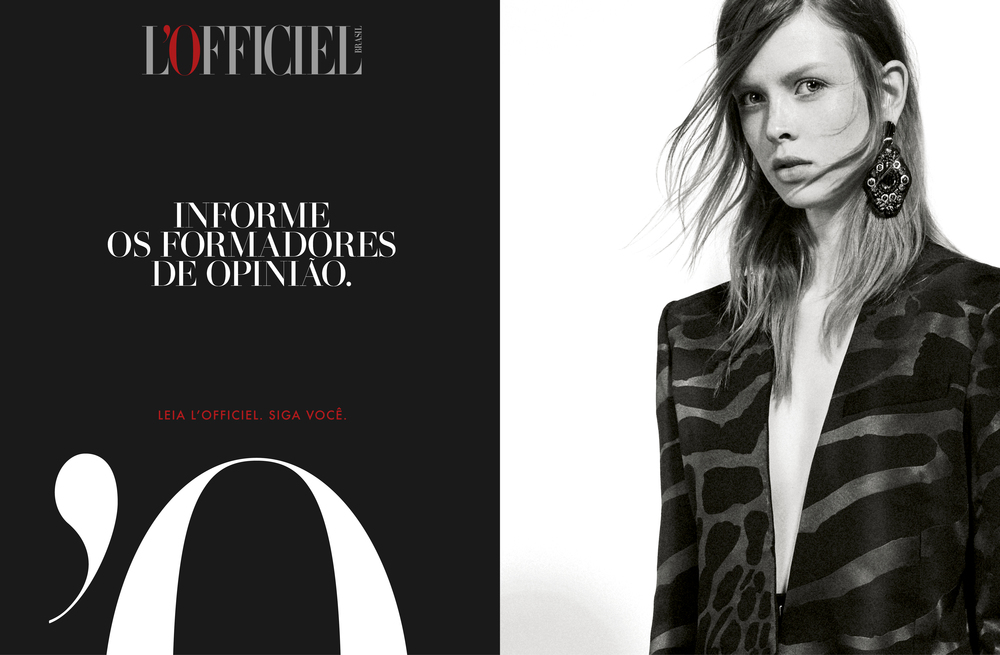Translation note:  INFORM THE OPINION FORMERS.   READ L'OFFICIEL. FOLLOW YOU.