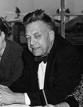 Dr. Alfred Kinsey<br />(Biology & Sex Researcher)
