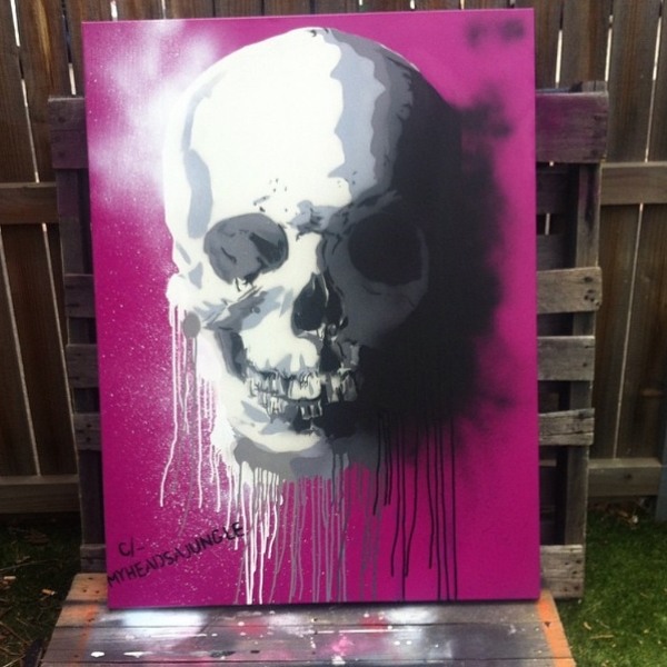 GRAPE SKULL   Aerosol + stencil on canvas.