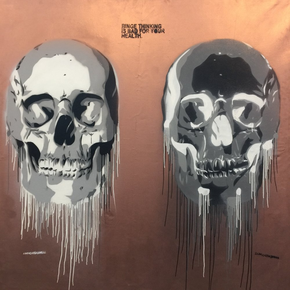 BRONZE BINGE SKULLS aerosol + stencil on canvas