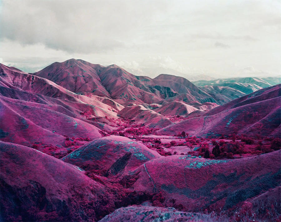 pink-congo-of-africa-by-richard-mosse-2.jpg
