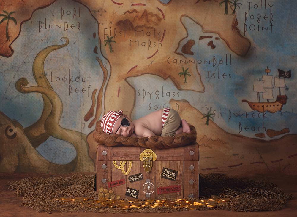 Pirate-boca-raton-newborn-photographer.png