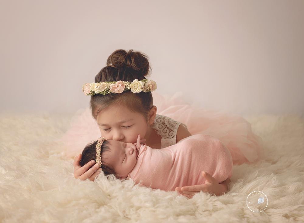 newborn photographer in Delray