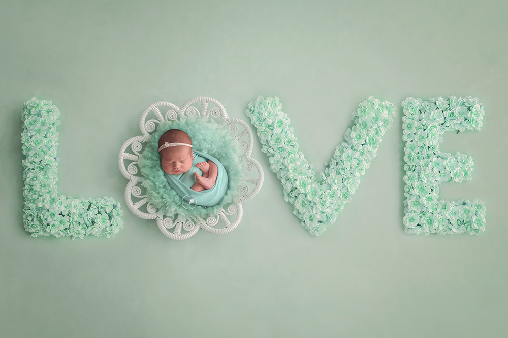 Boca-Raton-newborn-session-love.png