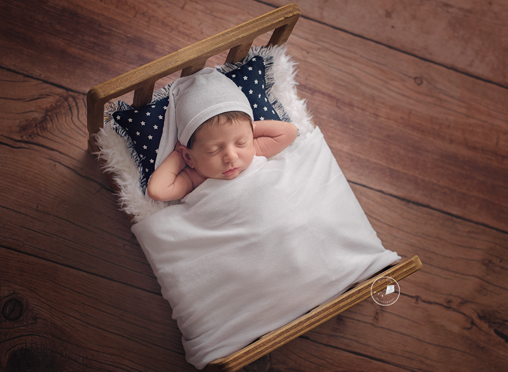 DSC_2399-Boynton-Beach-newborn-photographer.png