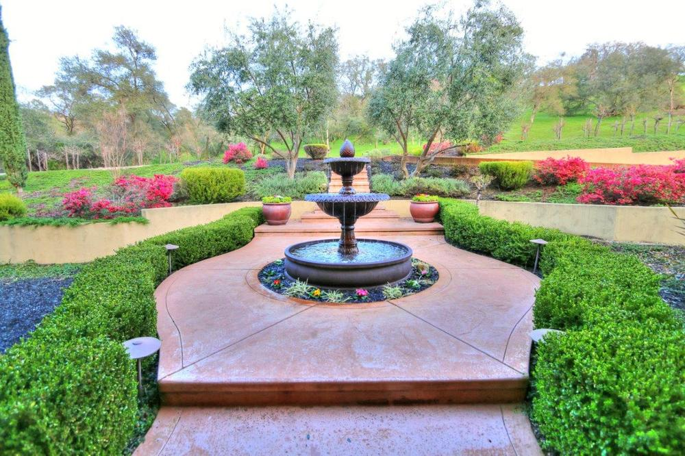 IMG_6194_fountain.jpg