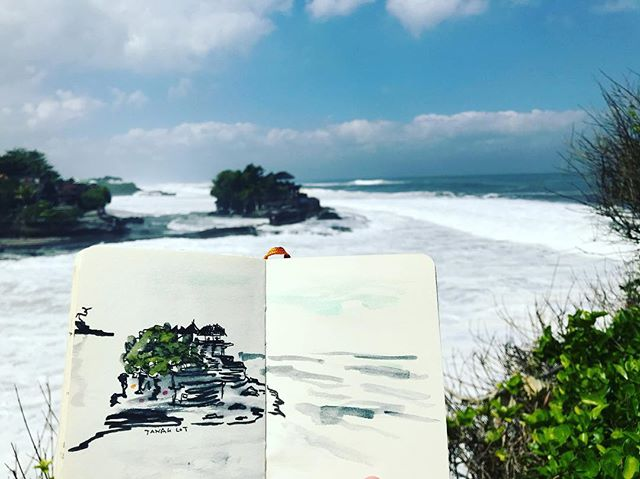 i love big waves #indonesia #bali #tanahlot #sketches #sketchbook #illustration