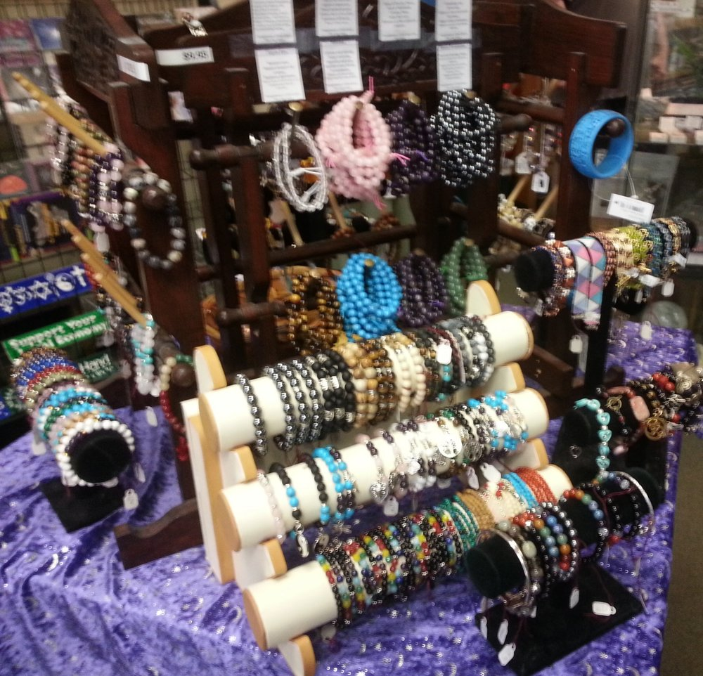 OODLES AND OODLES OF GESTONE BRACELETS!!!!