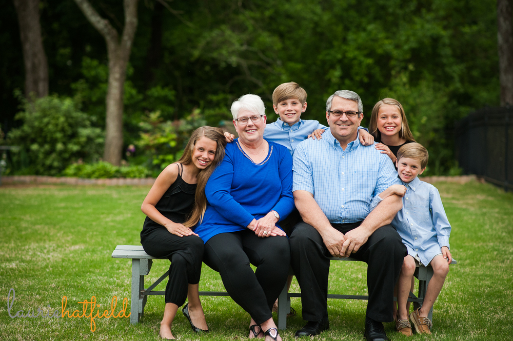 grandparents with 4 grandchildren | Huntsville photographer