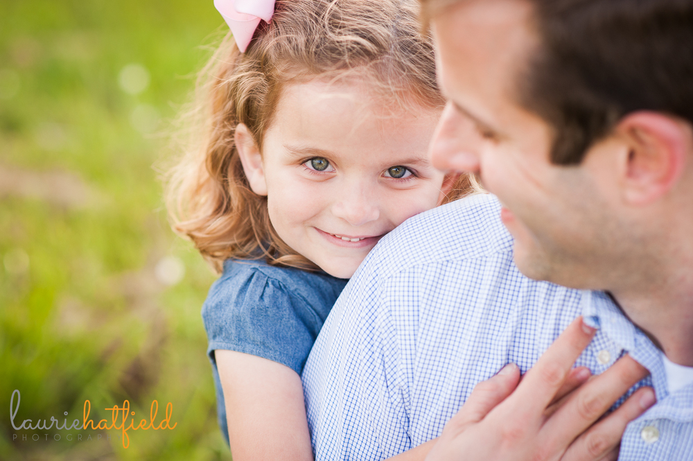 3-year-old girl with dad | Huntsville photographer