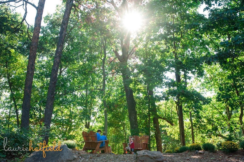 dad and 3 boys sitting on trail outside | Huntsville photographer