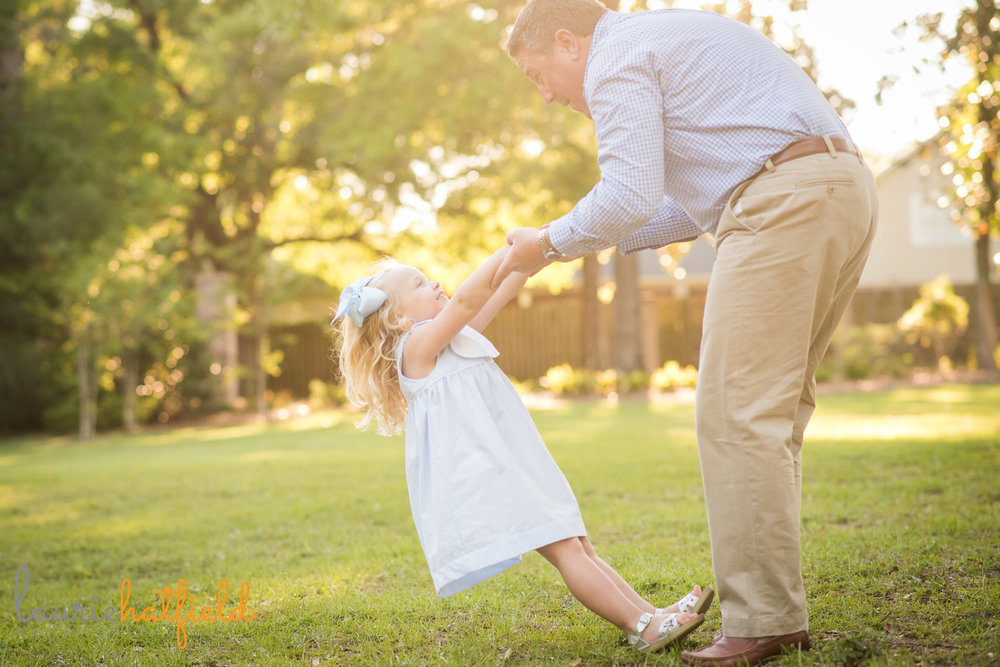 Dad playing with little girl | Mobile AL family lifestyle photographer Laurie Hatfield Photography