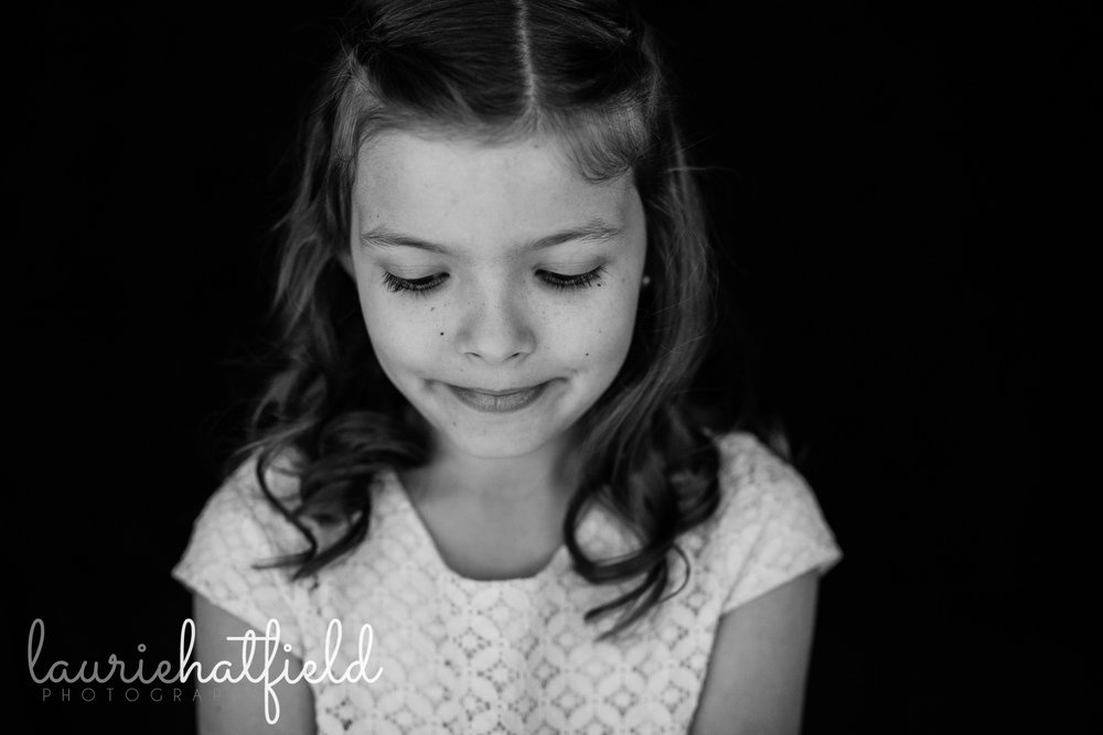 girl and her eyelashes | Mobile AL school portrait photography