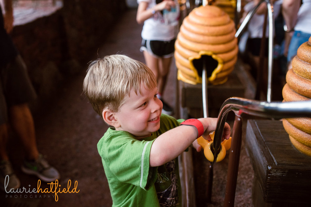 4-year-old at Winnie the Pooh | Pensacola FL family photographer