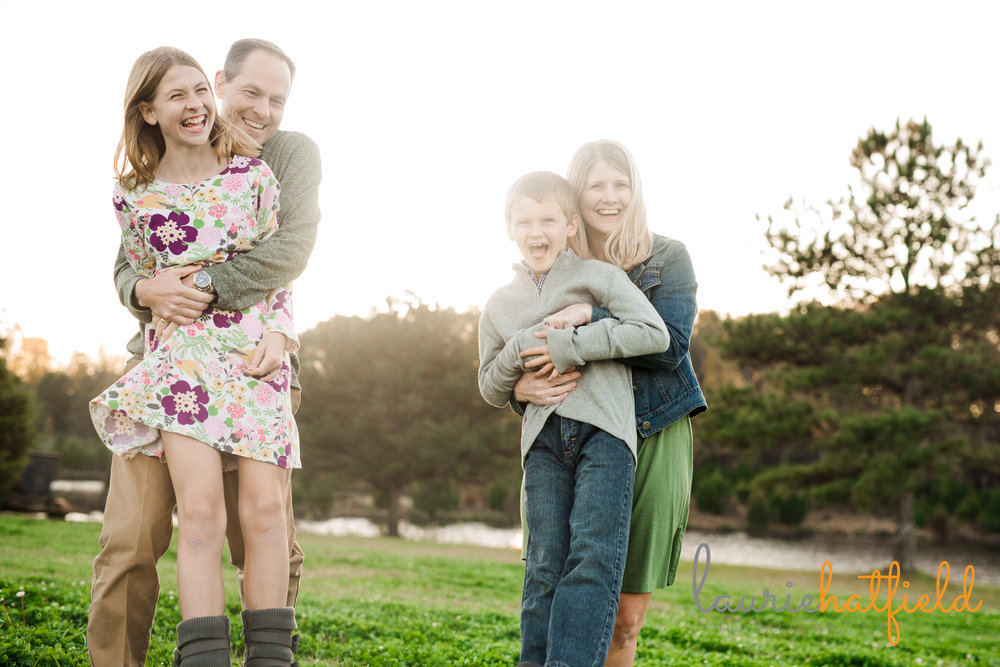 family of four outdoors | Mobile AL lifestyle photographer