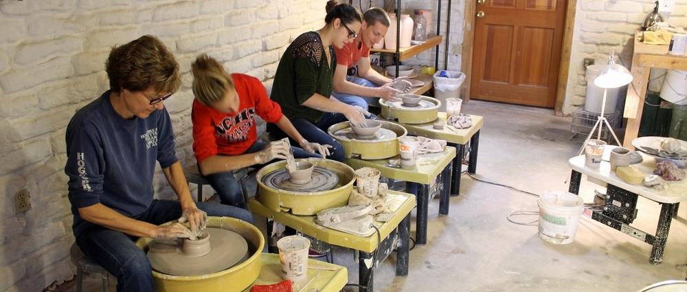 04-pottery-class.jpg