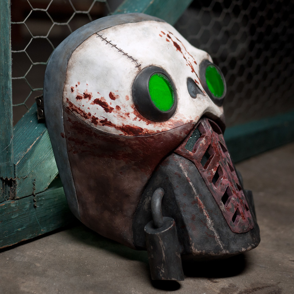 Borderlands 2 Bandit Steve Mask Replica Three-Quarter View