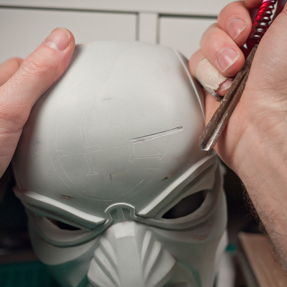 Dishonored Overseer mask insignia engraving