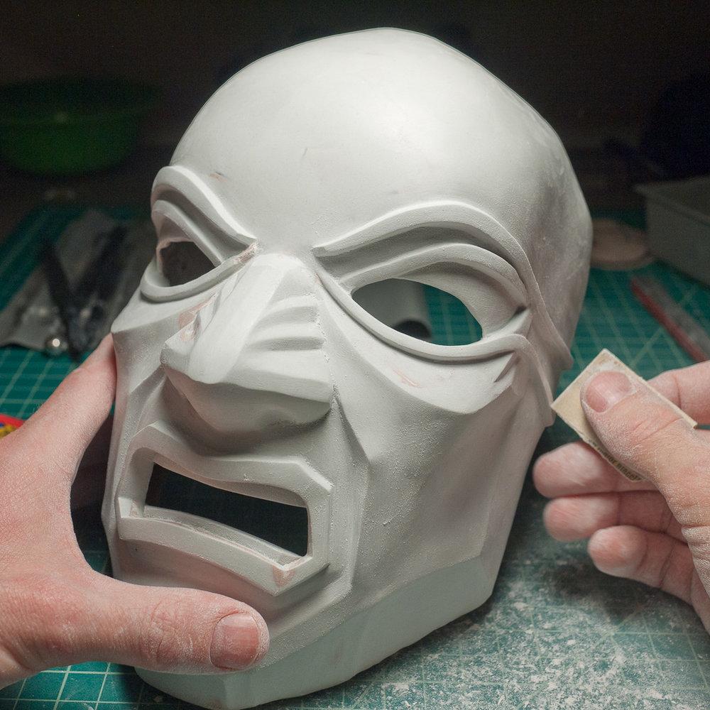 Dishonored Overseer mask sanding
