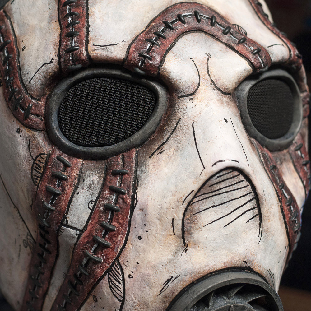 borderlands-psycho-bandit-mask-painted-cast-6.jpg