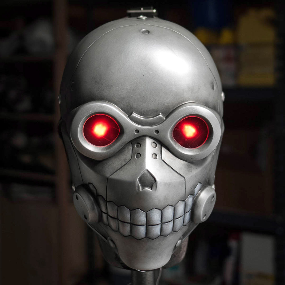 Sword Art Online Death Gun mask with glowing eyes