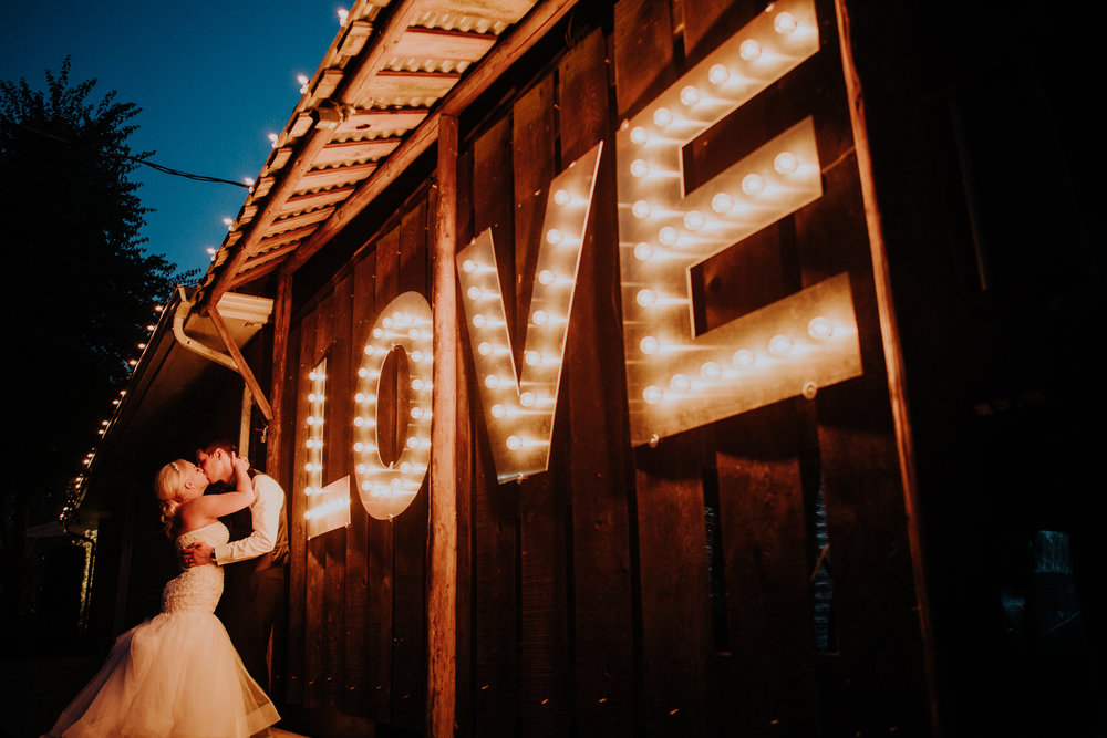 Seattle Bellevue Wedding Photographer_014.jpg