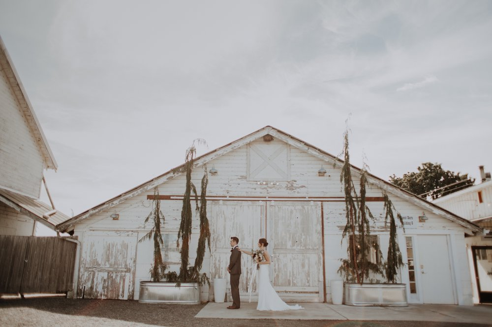 Sarah_Anne_Photography_Dairyland_Seattle_Wedding 8.jpg