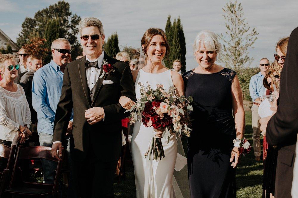 Sarah_Anne_Photography_Dairyland_Seattle_Wedding 27.jpg