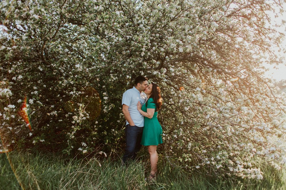 Sarah_Anne_Photo_Discovery_Park_Engagement_Session 15.jpg
