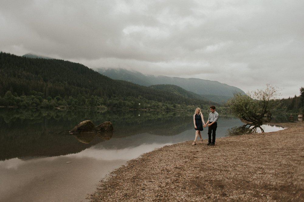 Sarah_Anne_Photo_Rattlesnake_Lake_Engagement 3.jpg