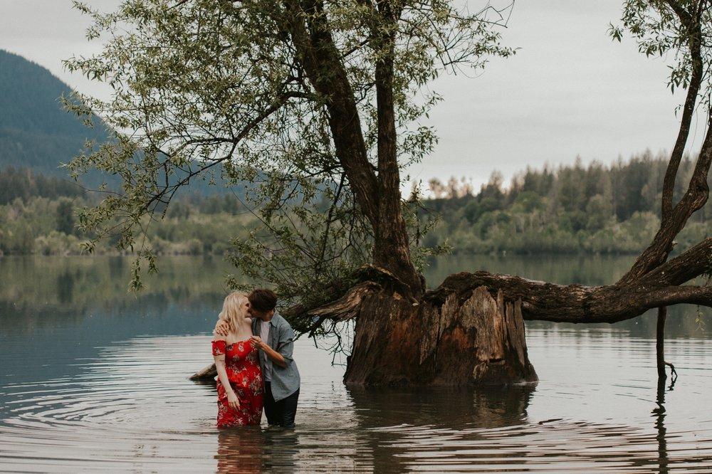 Sarah_Anne_Photo_Rattlesnake_Lake_Engagement 27.jpg