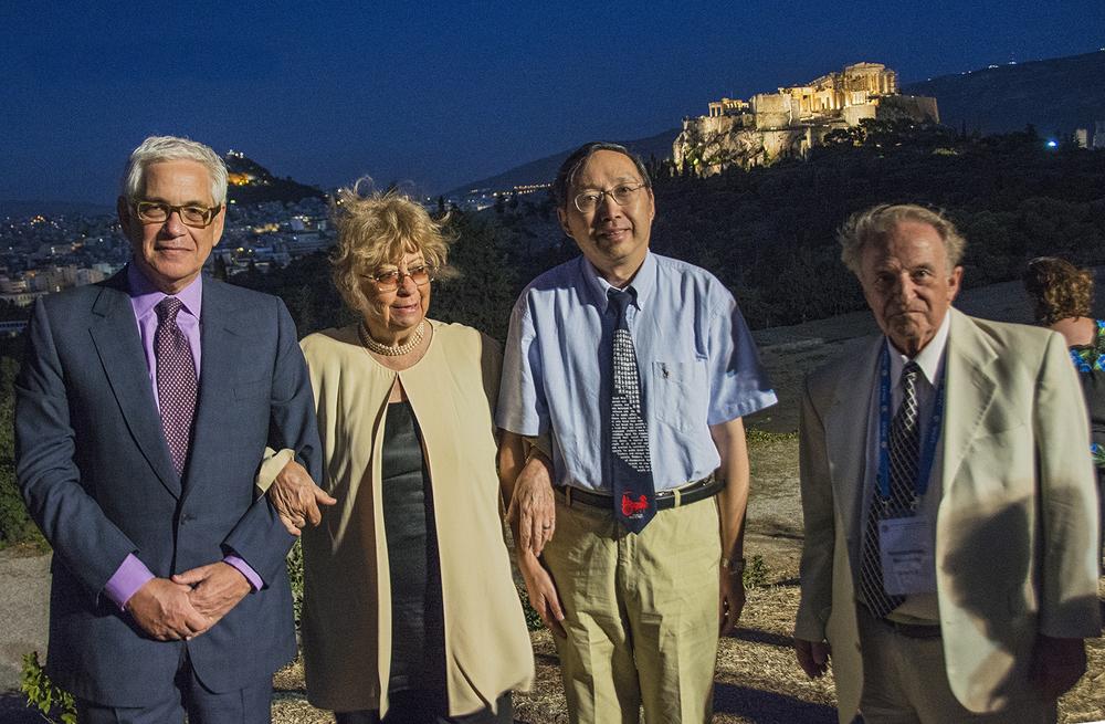 Από αριστερά, ο Καθηγητής Αlexander Nehamas(USA), η Καθηγήτρια Juliana González (Mexico), o Kαθηγητής Chen Lai (Beiging) και ο Καθηγητής Κωνσταντίνος Βουδούρης( Αθήνα)