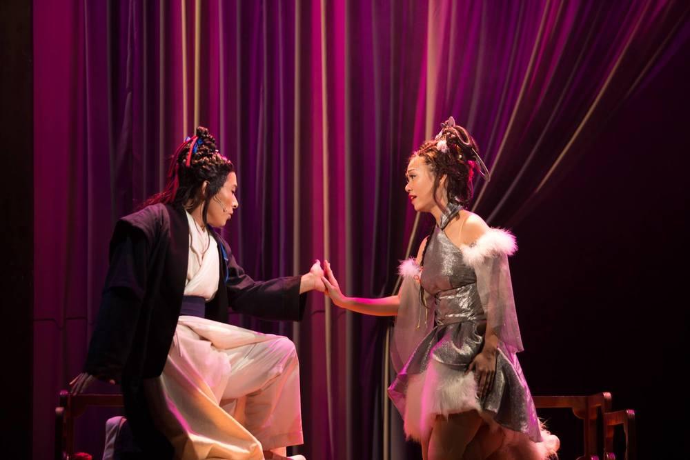 Joanna in Liao Zhai Rocks