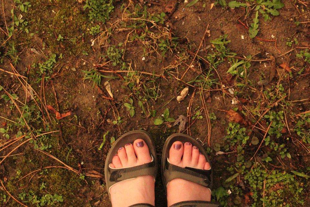 Stephanie Onderchanin, 'Feet', Flickr, Creative Commons