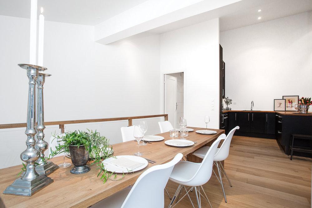 Stue som innbyr til hygge og sosiale sammenkomster.