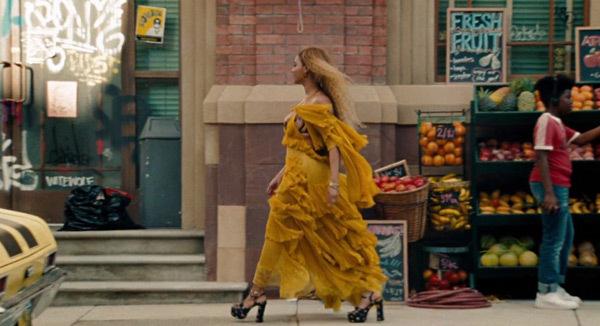 Beyonce wears Roberto Cavalli