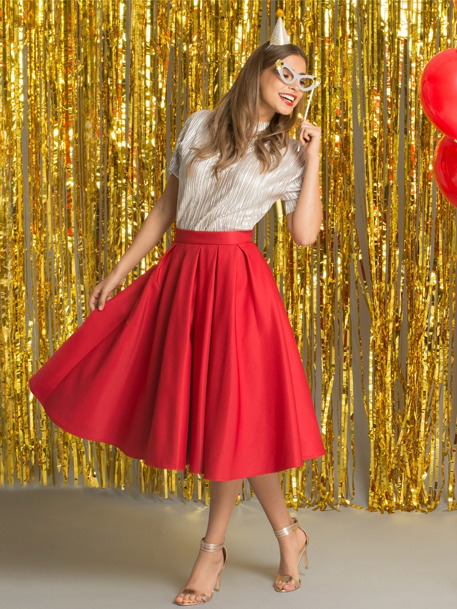 bfc6a795032f Christmas Party Outfits To Seriously Wow ✨ — Student Beans Blog