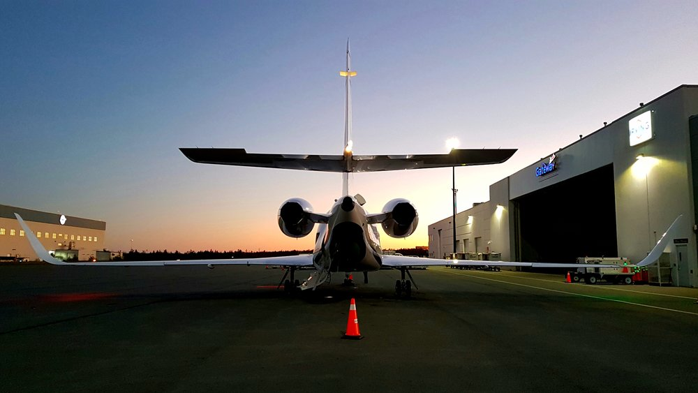 Beautiful Falcon 2000EX at sunset