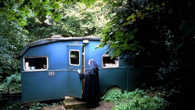Blue Caravan.jpg