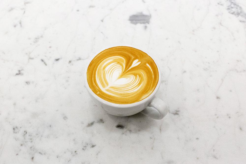 pon-ding-cappuccino-00.jpg