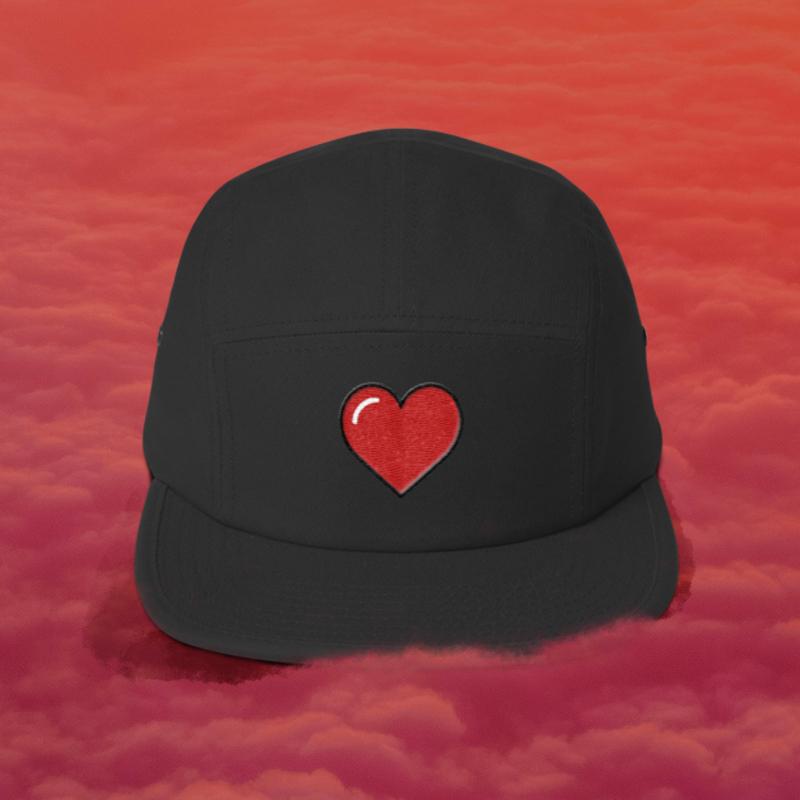 heart hat.jpg