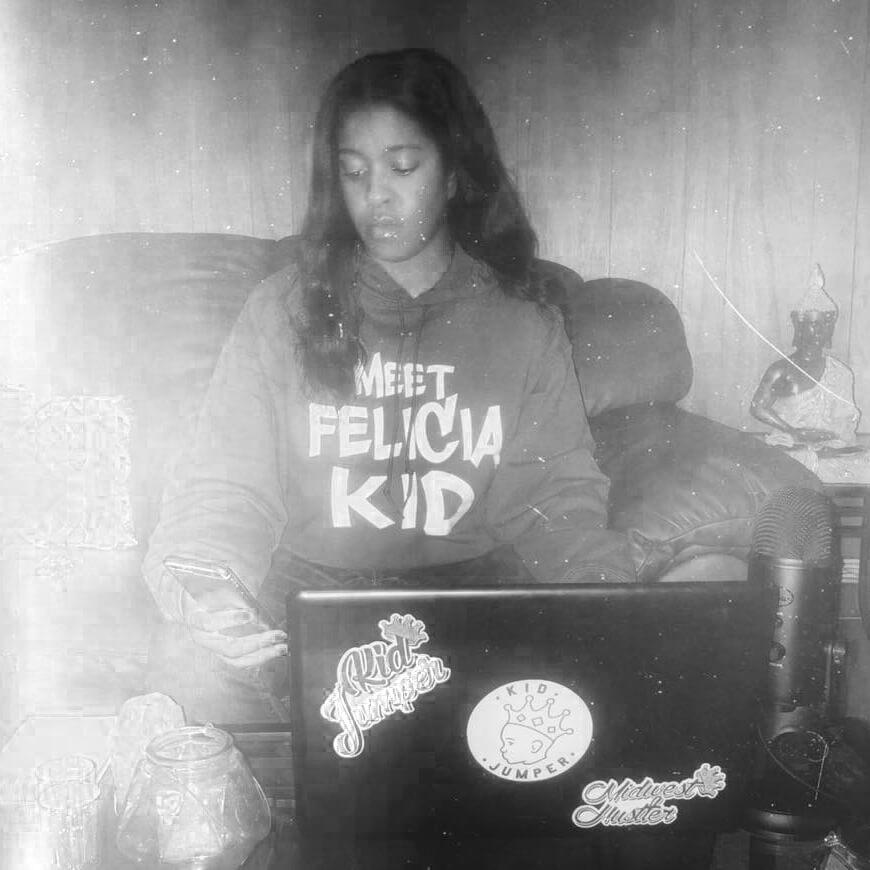 Felicia Kid Podcast Headshot