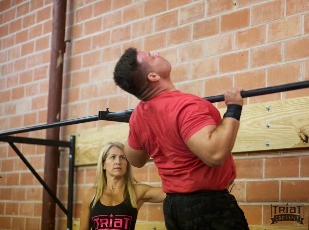 Dan, dropping in to support his wife Jen and doing 16.1 for the 2nd time that day.