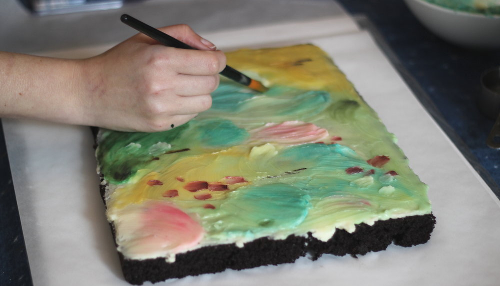 painting with buttercream!