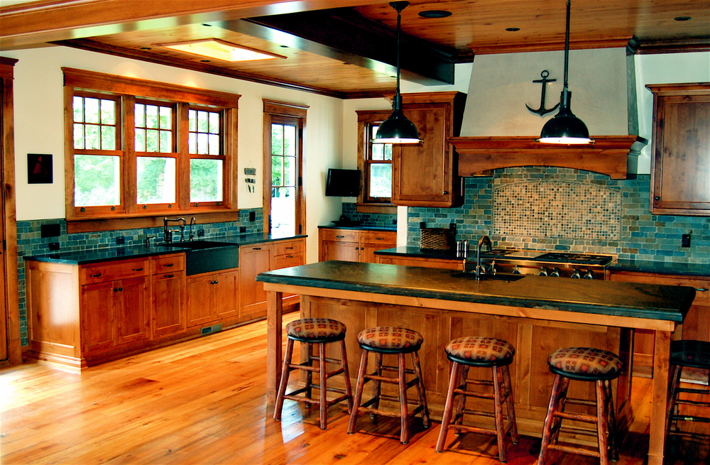 BeaverLake-Kitchen.JPG