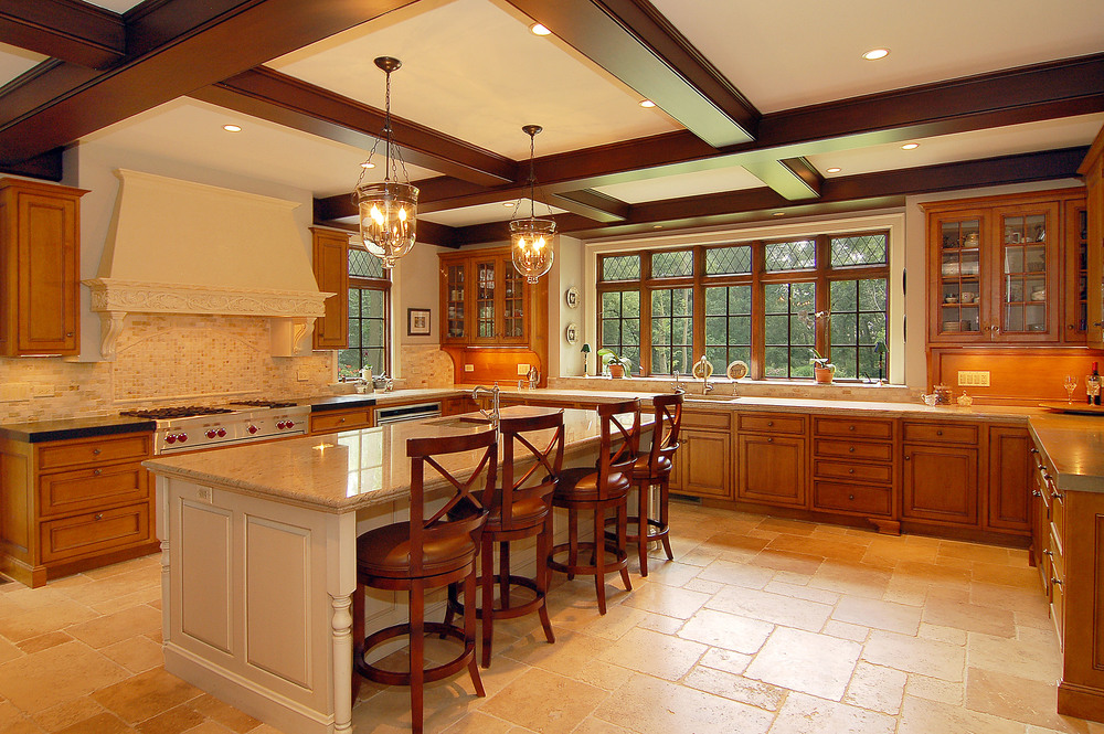 595_Glendale_Dr_Kitchen.jpg