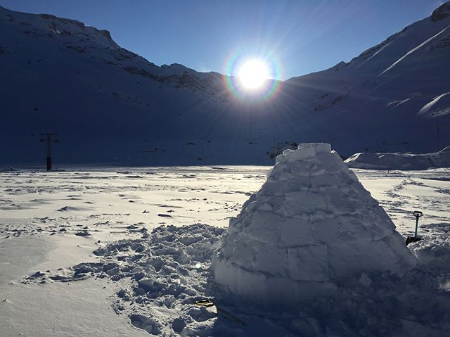 It's -9C and I'm about to sleep in an igloo. Spent the day with a massive grin slapped on my face after digging out snow bricks and watching the sun dip behind the tops. #adventure #travel #igloo #switzerland