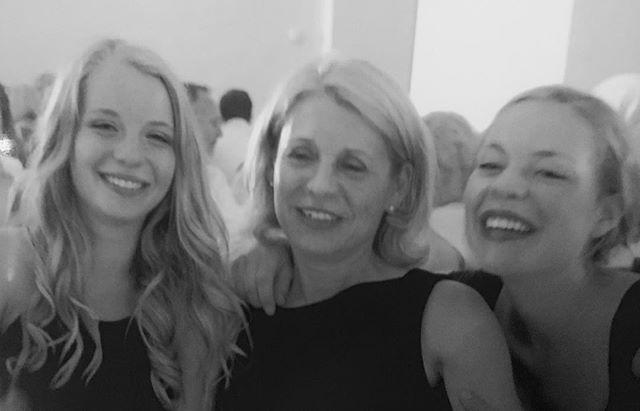 ❤️meine Ladys .. #family#gehtnurinschwarzweiss#mamaisdiebeste..
