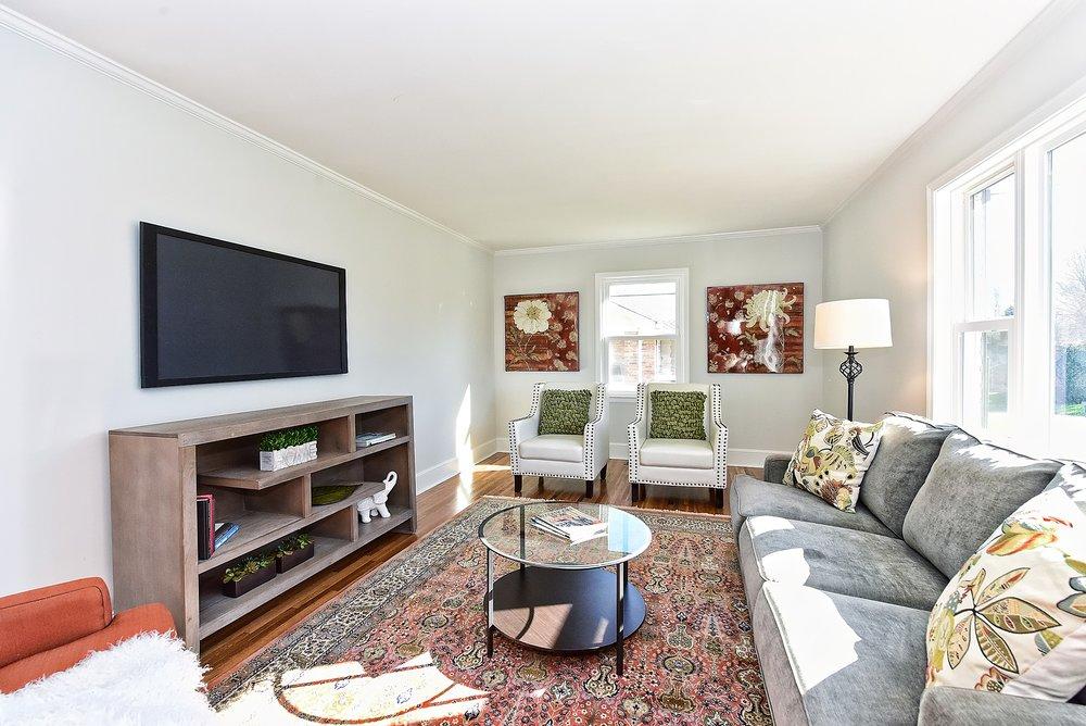 014_Living Room.jpg