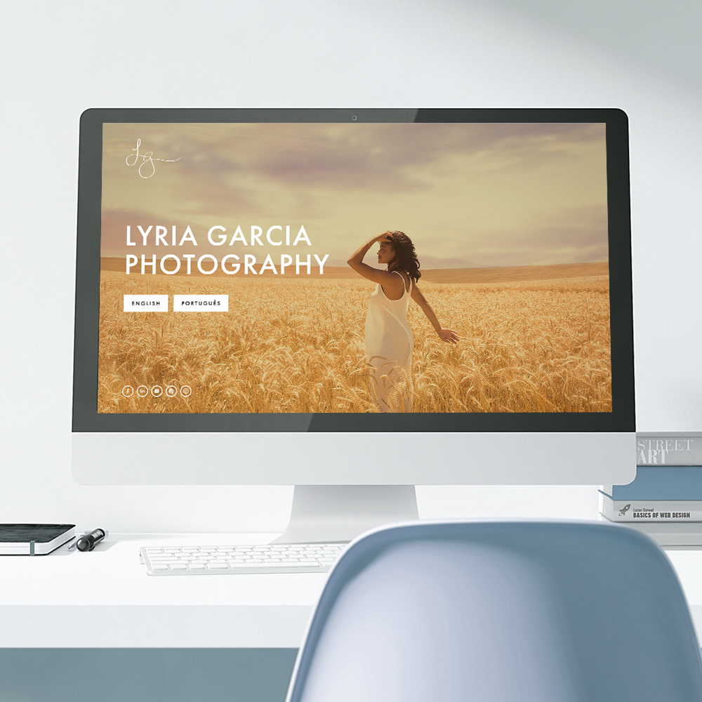 Lyria Garcia new bilingual website designed on Squarespace